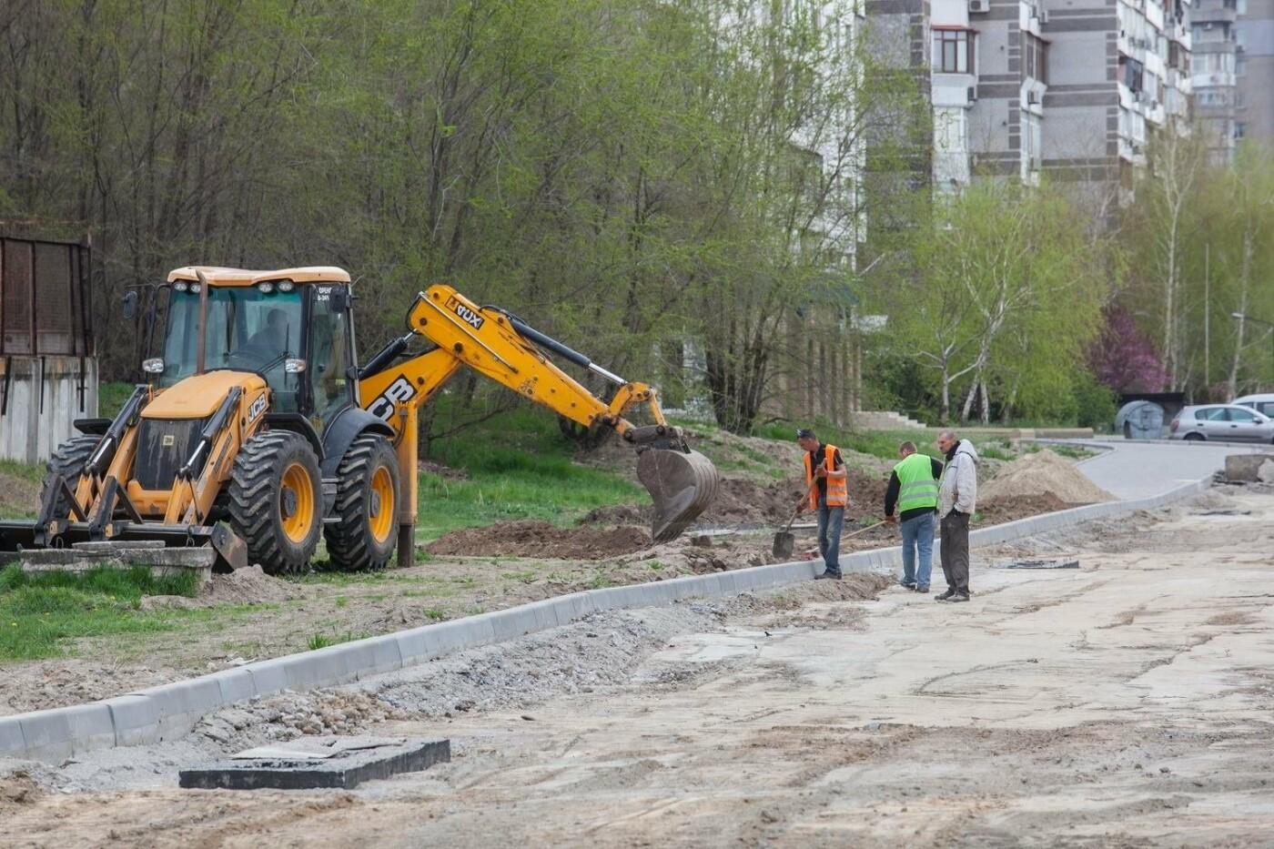 В Запорожье продолжается реконструкция улицы Школьной: что уже сделано, – ФОТОРЕПОРТАЖ, фото-5