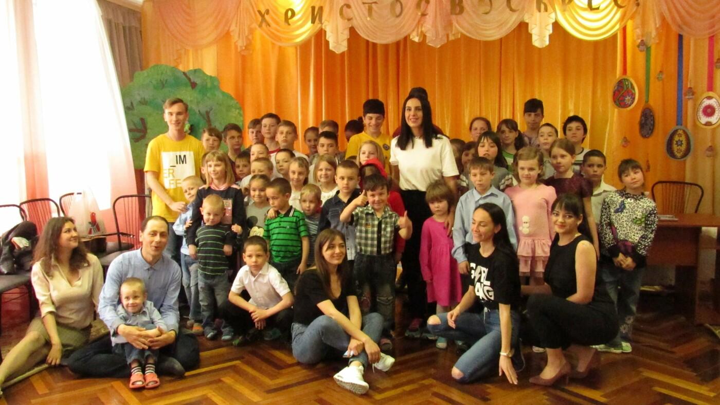 После концерта на Zaporizhzhia Jazzy Джамала посетила запорожский детский приют, – ФОТОРЕПОРТАЖ, фото-11