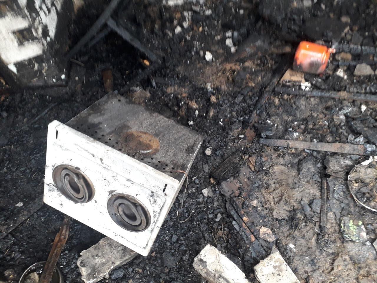 В Мелитополе на пожаре погибла женщина: возгорание произошло из-за короткого замыкания, фото-1