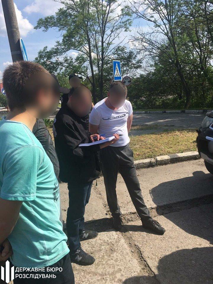 Акимовского прокурора задержали на взятке в 10 тысяч долларов, - ФОТО, фото-2