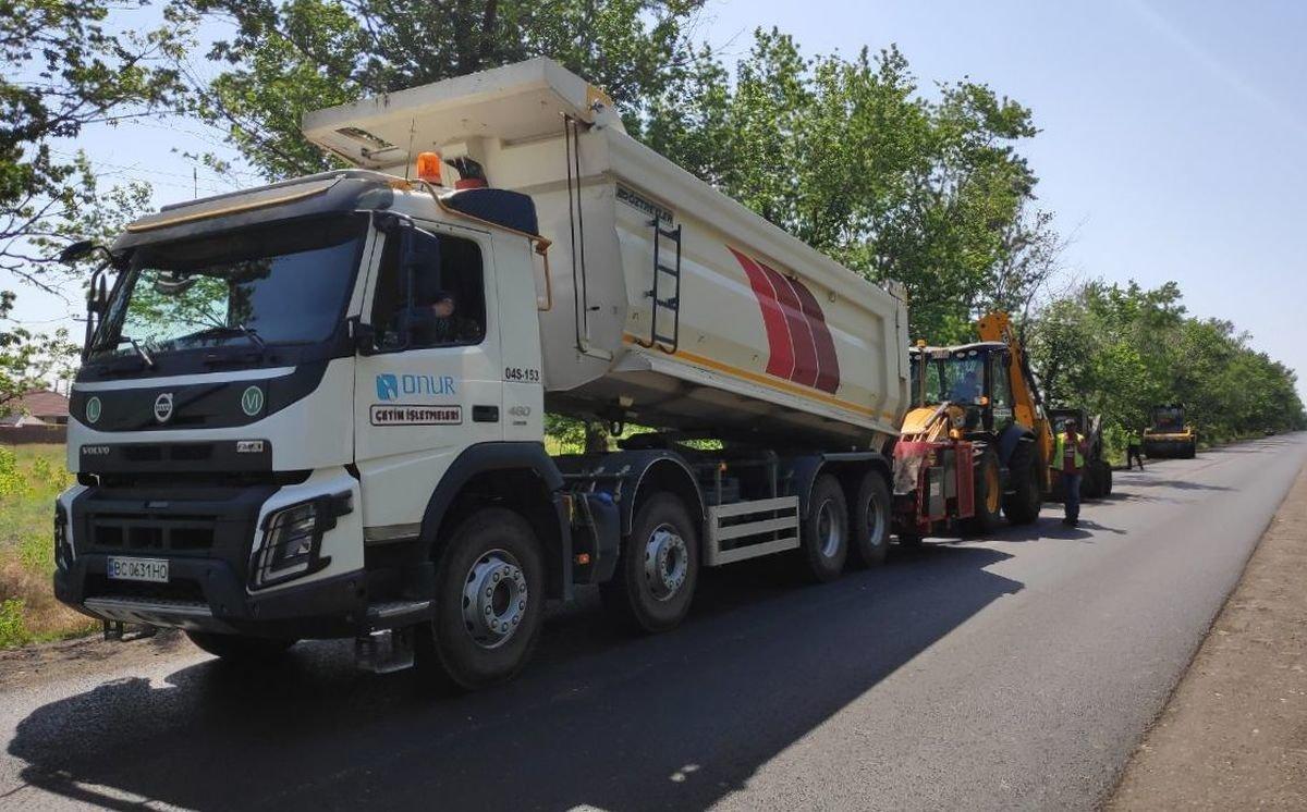 Дорогу между Запорожьем и Беленьким отремонтировали досрочно, - ФОТО, фото-1