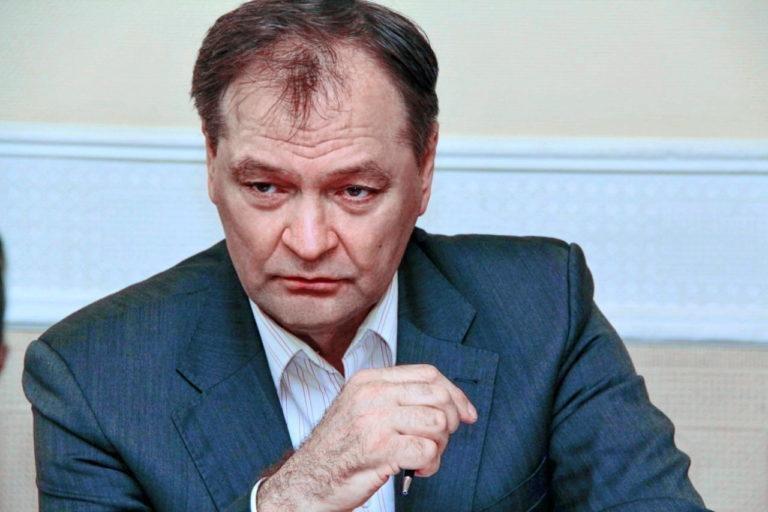 По данным соцопроса Александр Пономарев лидирует в избирательном округе №78, фото-1