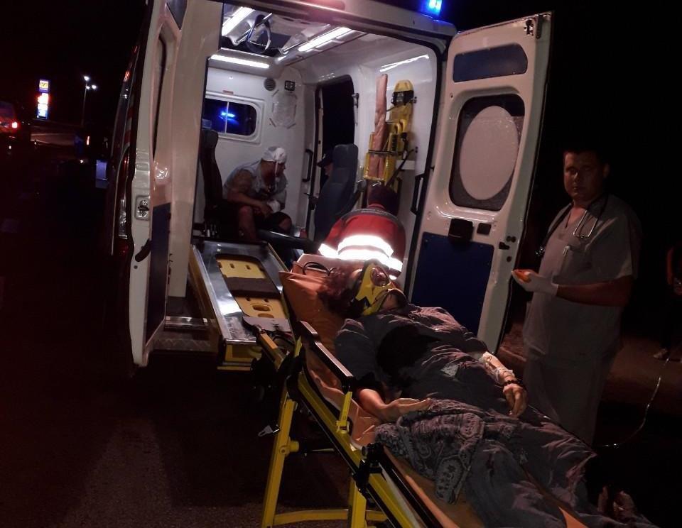 В Запорожье возле памятника автомобилистам случилось ДТП: 5 человек госпитализировали, - ОБНОВЛЕНО, фото-3