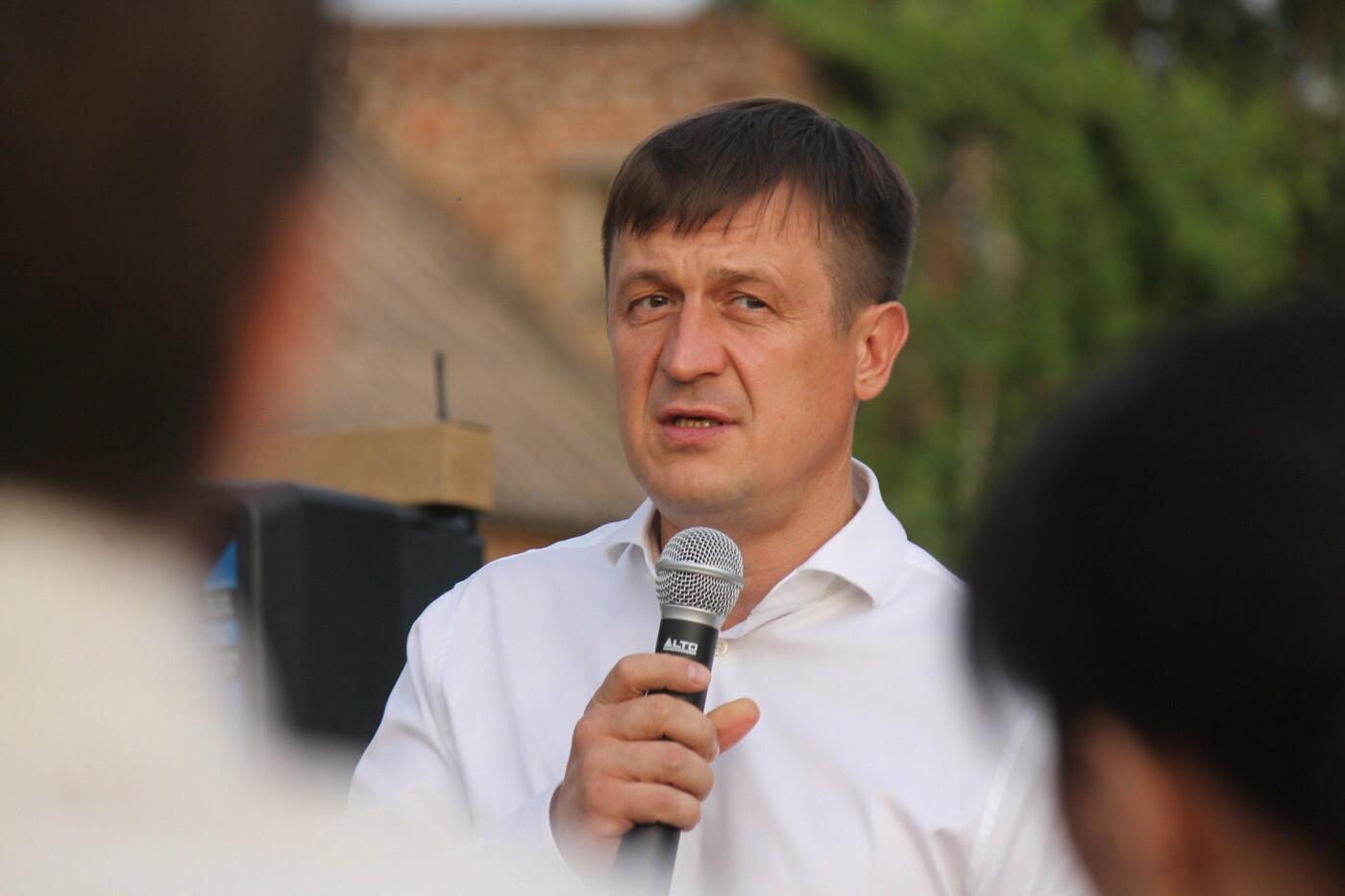 Новое освещение и детская площадка: Игорь Чумаченко продолжает реализовывать программу развития частного сектора, фото-1