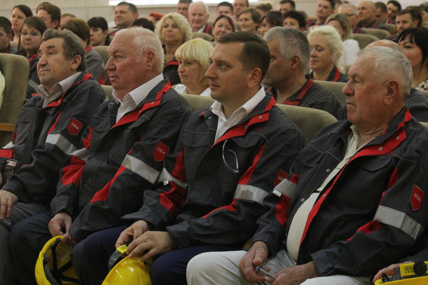 Запорожские металлурги на выборах поддерживают команду Владимира Буряка, фото-1