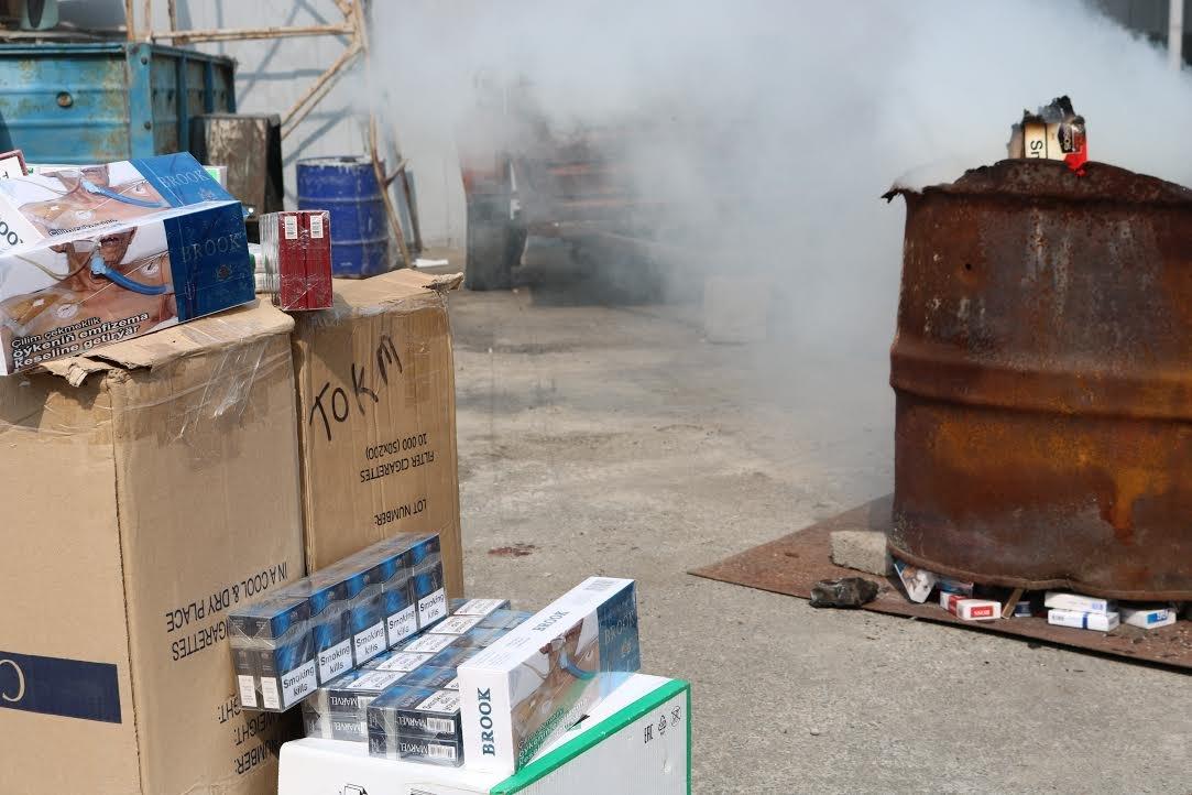 В Запорожье сожгли контрафактных сигарет на 100 тысяч гривен, - ФОТО, фото-3