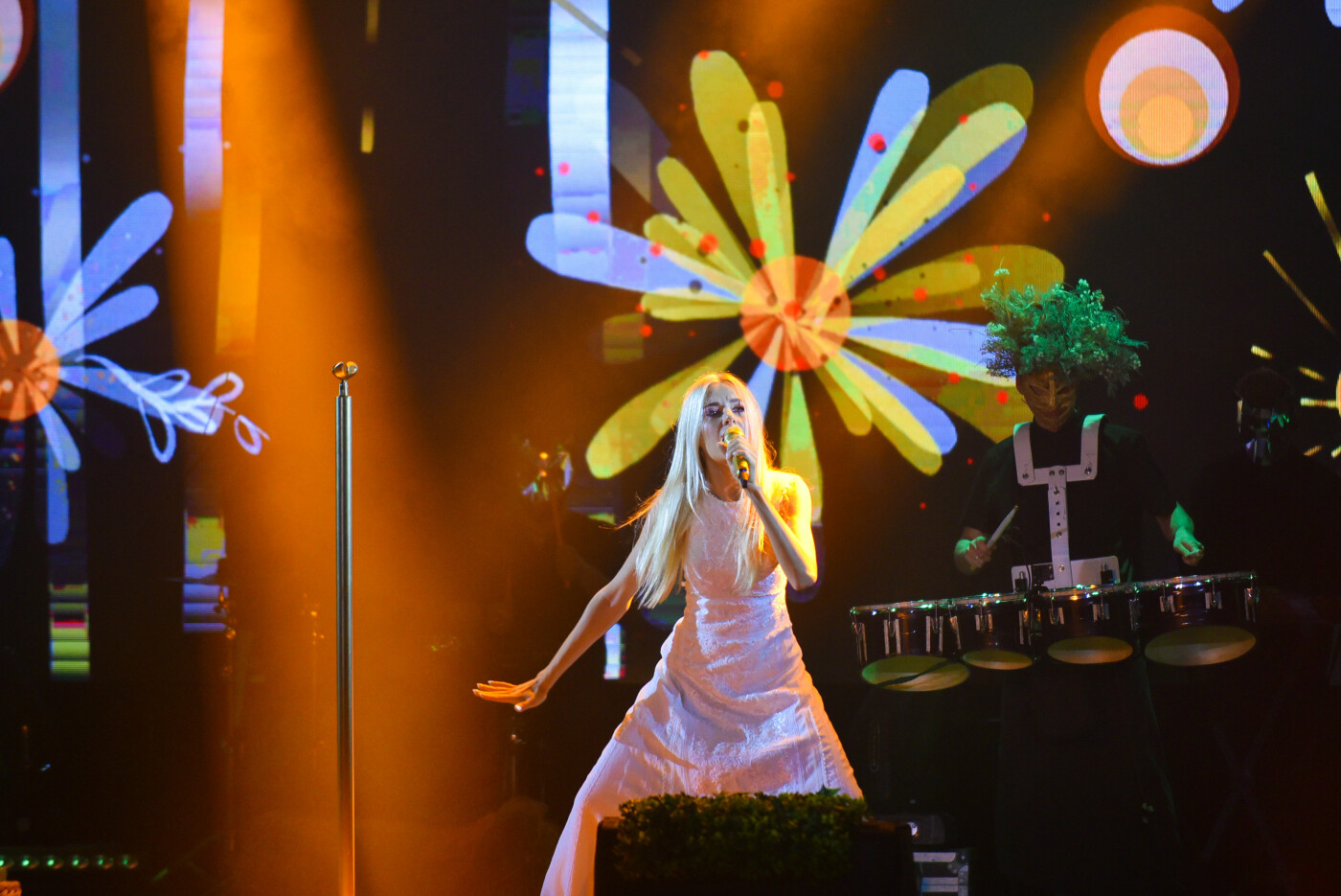 Ольга Горбачева снова надела свадебное платье, фото-2