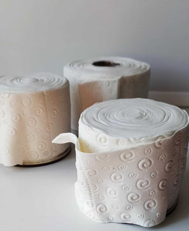 Карантинный тренд: запорожанка делает торты в виде туалетной бумаги, - ФОТО, ВИДЕО, фото-2