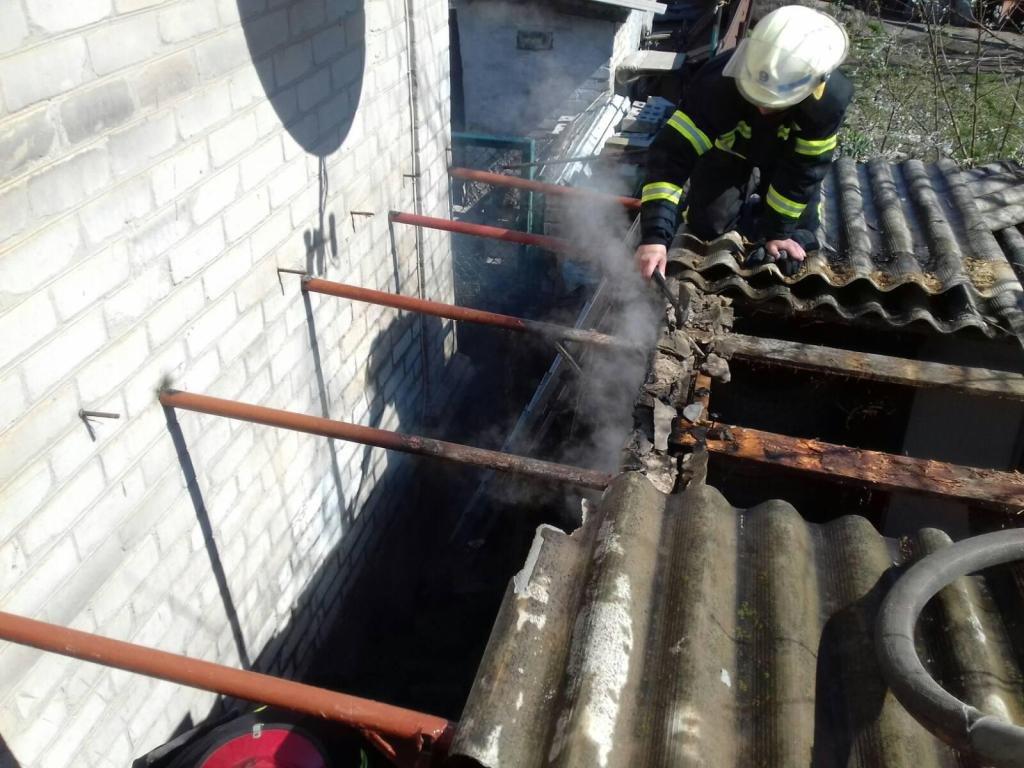В Мелитополе за сутки спасатели дважды выезжали на вызовы о пожарах в частных домах, - ФОТО, фото-4