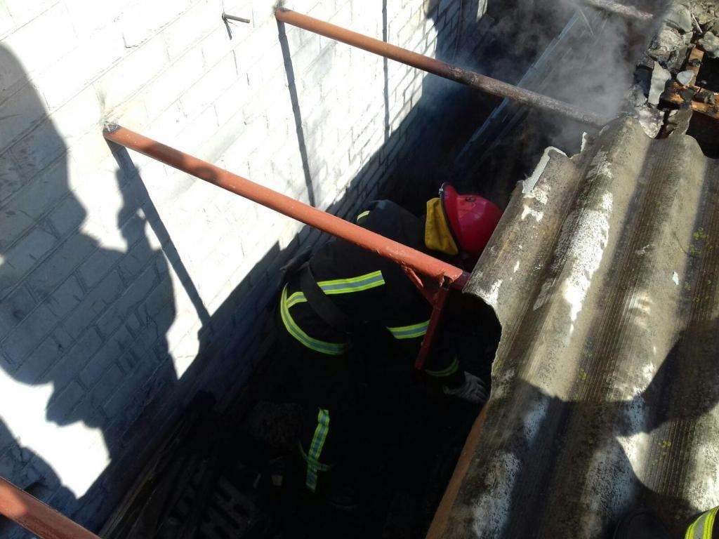 В Мелитополе за сутки спасатели дважды выезжали на вызовы о пожарах в частных домах, - ФОТО, фото-3