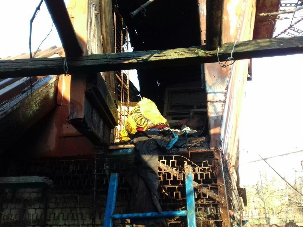 В Мелитополе за сутки спасатели дважды выезжали на вызовы о пожарах в частных домах, - ФОТО, фото-1
