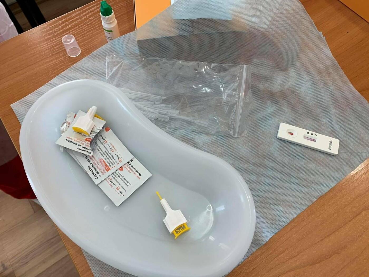 В больницы Запорожья волонтеры передали дополнительно тысячу экспресс-тестов на коронавирус, фото-3