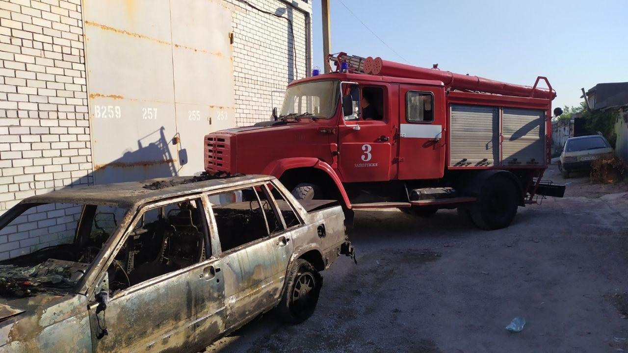 В Запорожье из-за неисправности ГБО случился пожар в гаражах, - ФОТО, фото-3