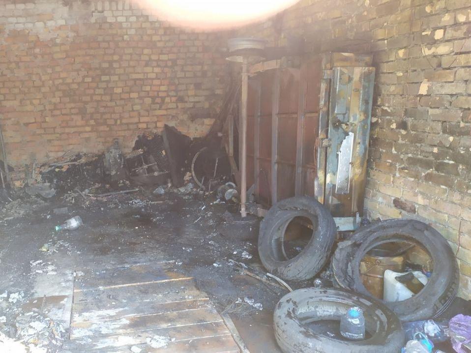 В Запорожье из-за неисправности ГБО случился пожар в гаражах, - ФОТО, фото-4