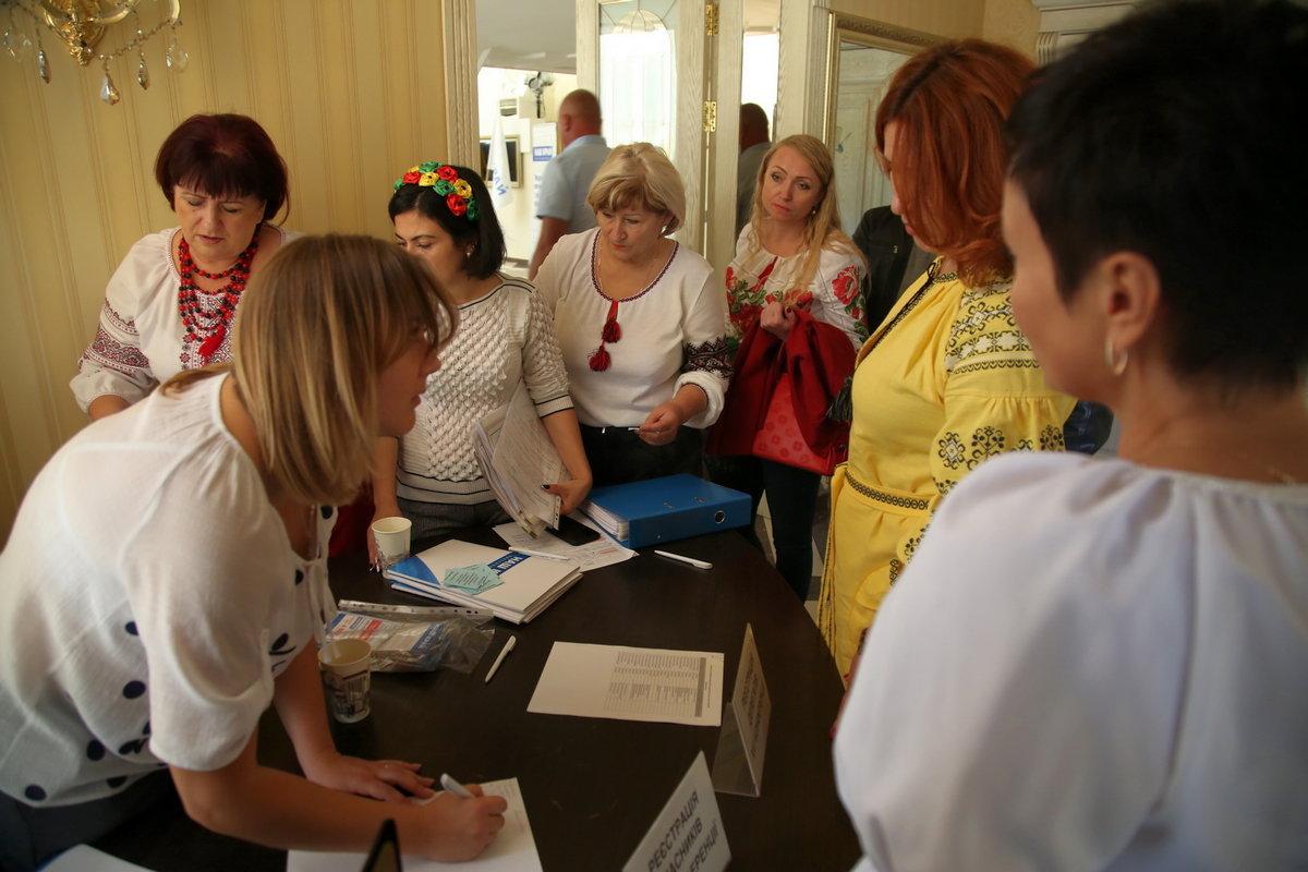 Пусть молодеет и расцветает мой родной Запорожский край: в Запорожье представили кандидатов в депутаты на местные выборы, фото-8