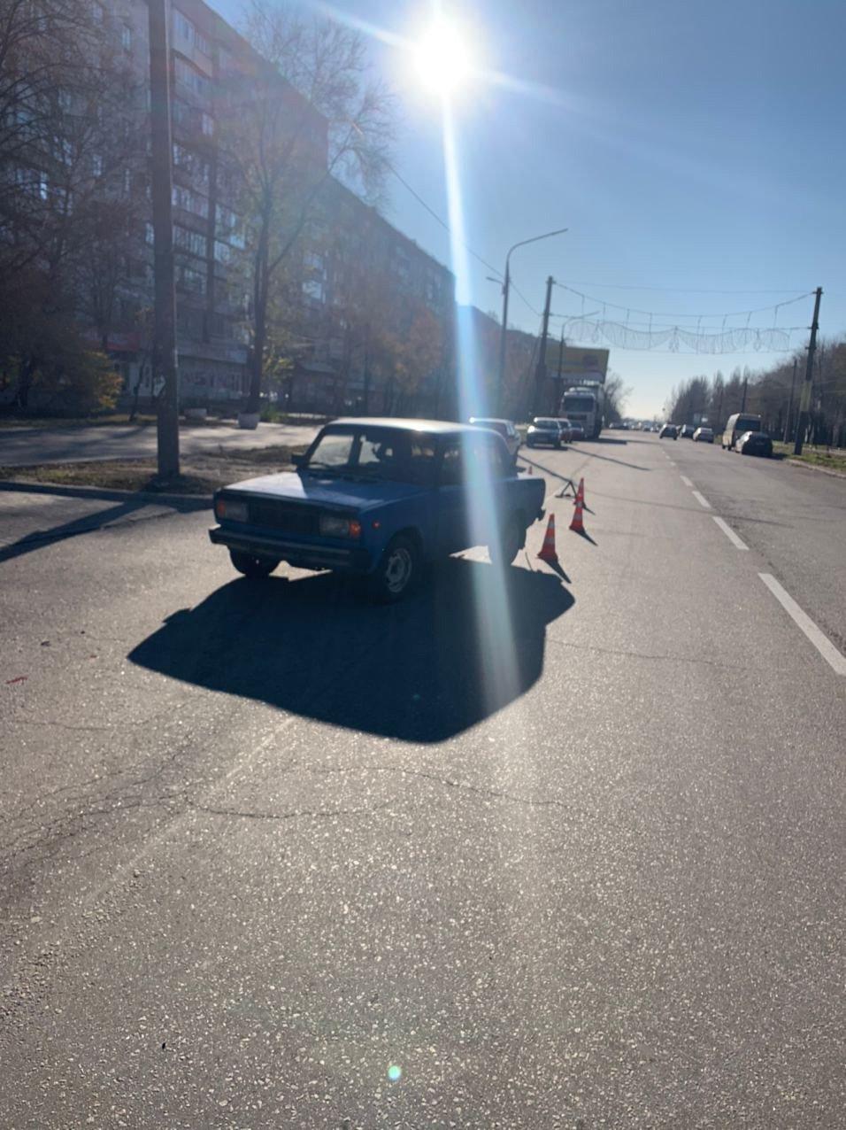 В Запорожье водитель авто сбил 70-летнюю женщину: она с травмами в больнице, - ФОТО, фото-1