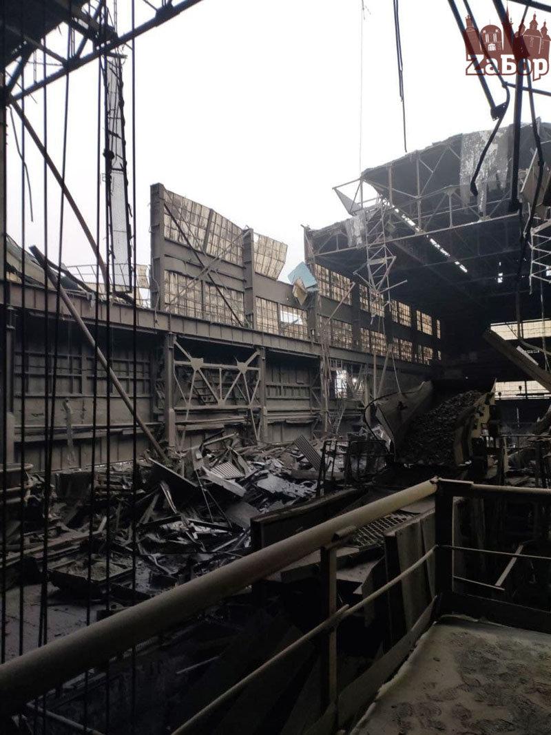 На Запорожском ферросплавном заводе прокомментировали ситуацию с обрушением кровли , фото-1
