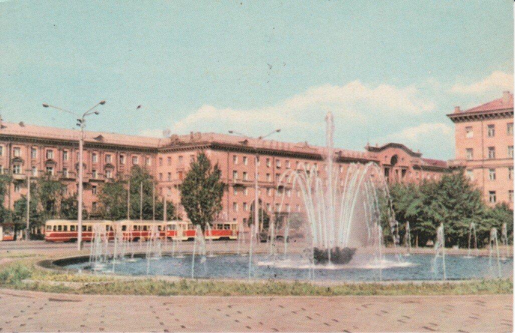 В Запорожье заработал фонтан на Маяковского - как он выглядел более 50 лет назад, - ФОТО, фото-9
