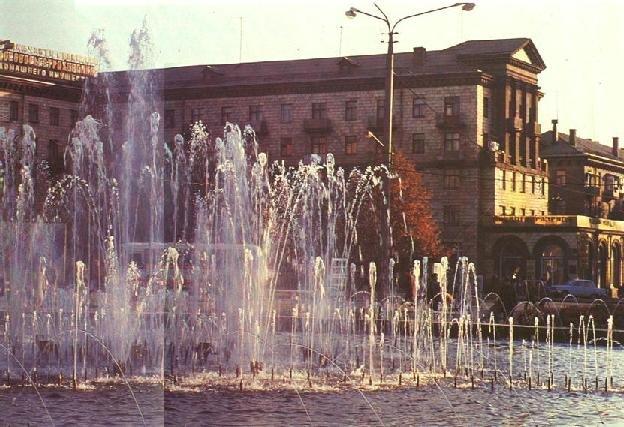 В Запорожье заработал фонтан на Маяковского - как он выглядел более 50 лет назад, - ФОТО, фото-15