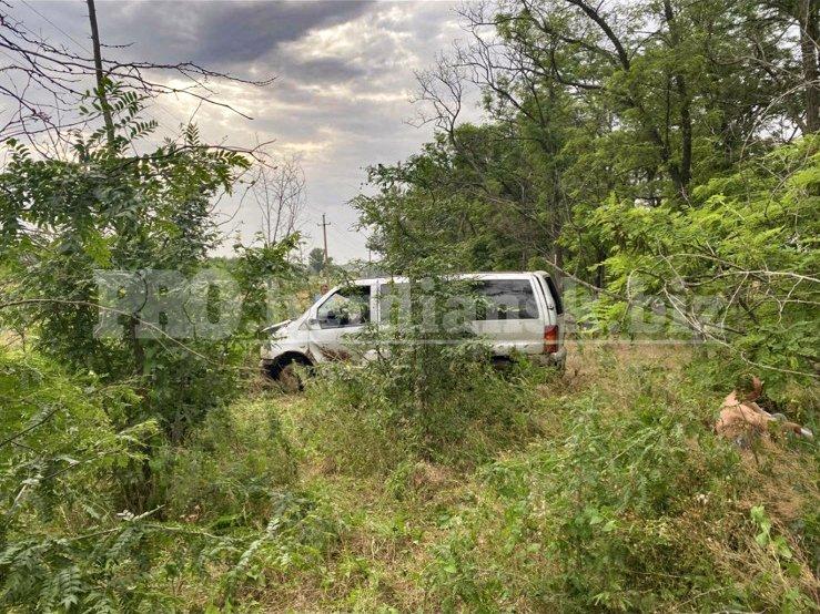 izobrazhenieviber2021 06 2510 25 08 2 60d5b0157666c - В Запорожской области слетел в кювет и перевернулся микроавтобус: в ДТП пострадала 38-летняя женщина