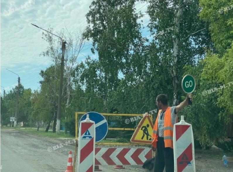 3 60d7033fe7f38 - По дороге на запорожский курорт образовались большие пробки из-за наплыва отдыхающих и ремонтных работ