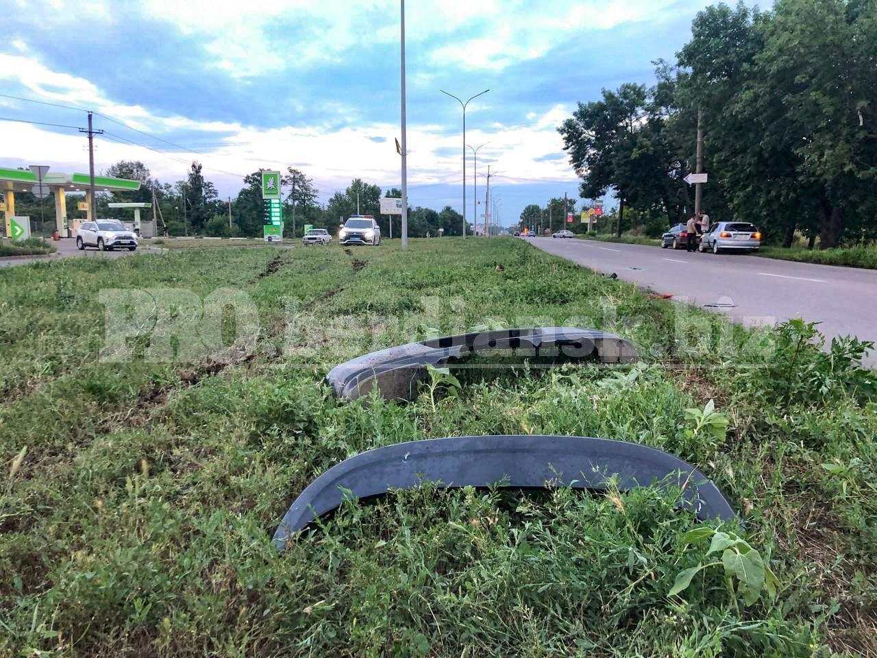 photo2021 07 0722 04 58 60e6b20371d00 - В Запорожской области перевернулась легковушка: водитель скрылся с места ДТП на разбитой машине